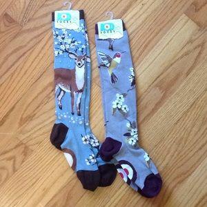 2 pair Mod Socks Blue deer & Gray hummingbird
